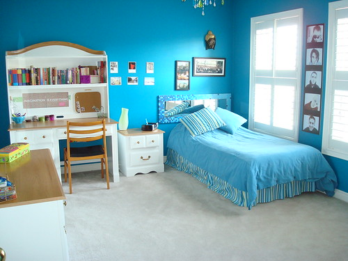 bright contemporary kids room design idea by whitejuicebox - Kids Bedroom Background