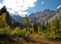 Impressive Point-and-Shoot (DWONGU) Tags: hiking twinlakes
