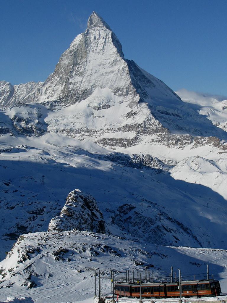 Matterhorn + Gornergratbahn bei Zermatt , Kanton Wallis , Schweiz