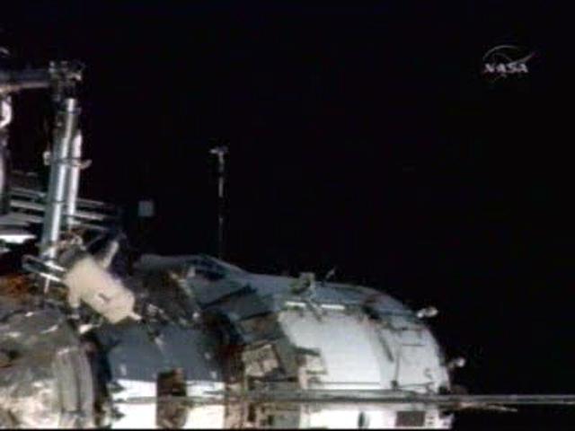 Sortie dans l'espace (EVA du 23 décembre 2008) 3130138457_7a28e159c0_o