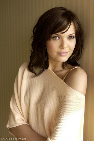 mandy moore with dark hair