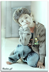 (BQ8) Tags: light portrait eye 50mm kid nikon exposure flash explore kuwait nikkor strobe q8 multiply sb800 d80 bq8