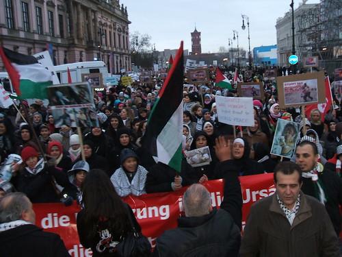 30.000 Demonstranten in Berlin gegen Gaza-Offensive