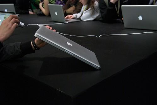 MacBook pro 17 muestra