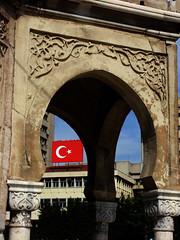 Detay... - Trkiye (Yener ZTRK) Tags: detail turkey flag trkiye turquie trkorszg trkei turkishflag konak smyrna izmir turchia gvercin bayrak ayyldz  turkei detay saatkulesi turcha trkiyecumhuriyeti esmirna repblicadeturqua turkqua  t t tp t izmirim yenerphotography