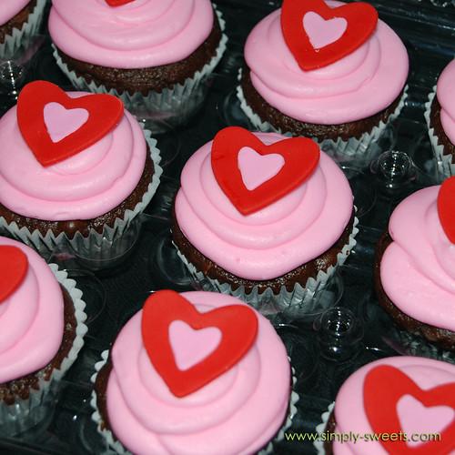 pink Valentine cupcakes