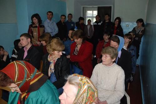 Пасхальное Богослужение в церкви Лапушне 2008