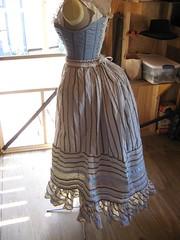 Petticoat side