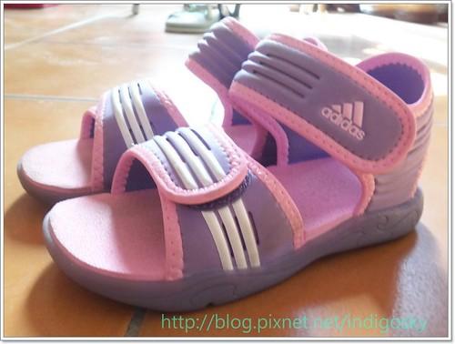 addisas涼鞋1