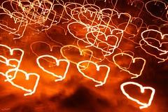 Gracias a luz que desprenden vuestros corazones. Giving thanks to the light of all your hearts. (darkside_1) Tags: corazón picnik dolor mentiras miedoyasco goldstaraward fearandloathingin