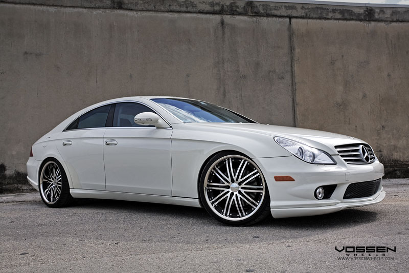 For Sale - Mercedes-Benz CLS550 A Mercedes Benz CLS550 with front and rear