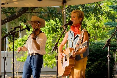 Joni Harms in Concert in Stayton Oregon