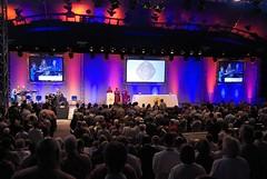 plenária conjunta de bispos e esposas