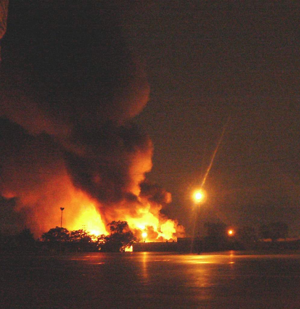 Propane station explosion in Toronto, August 10, 2008