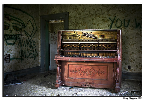 bells piano_2044 by sheke1.