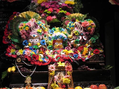 Sri Sri Jagannatha, Baladeva, and Subhadra por NityanandaChandra.