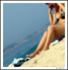 A Helena (Pri G Guerra) Tags: brazil sol praia beach brasil riodejaneiro mulher leblon zonasul semfoco diadesol praiadoleblon priscillaguerra priscillagrasso praiasdoriodejaneiro praiascariocas
