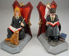 Recalled Potter Bookends