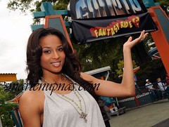 ciara cooling out at six flags