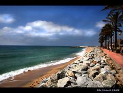 Vilassar de Mar (epicture's) Tags: sea sky beach spain mediterranean mediterraneo village pueblo playa catalonia explore paseo promenade maresme catalua vividcolors vilassar vilassardemar abigfave dodgingandburningandblurringandchanginglayersmodeandandhavingfund