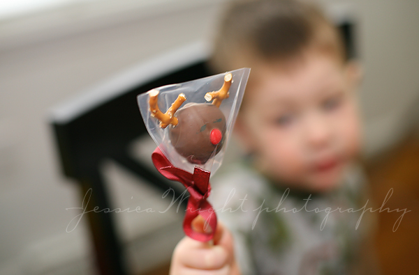 Rudolph the red nose cake pop!