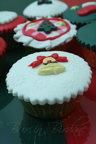 Cupcake Bell