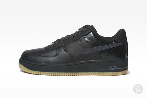 Nike Air Force 1 Low Premium Black Pack