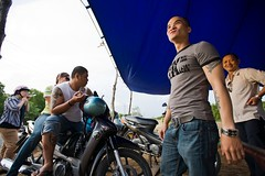 Rest stop in Cn Gi (Eric Wolfe) Tags: road highway vietnamese helmet motorcycles reststop vietnam motorbikes saigon hochiminhcity vitnam sign motorists cangio vnm thnhphhchminh cngi original:filename=200901010142jpg
