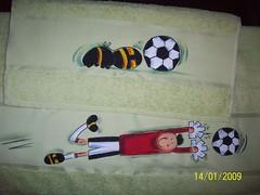 jogo de toalha banho e rosto menino (Lu Bonato - Oficina Lu Bonato) Tags: infantil toalha jogo menino futebol ameicano