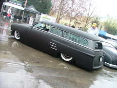 2009 Grand National Roadster Show (ATOMIC Hot Links) Tags: wild art car metal speed reflections big shine power garage flames low traction engine fast polish oldschool motors chrome wicked hotwheels classics metalwork hotrod chopped rides nitro machines mags gears et rods torque mechanic grind carshow dragracing wrench hotrods gearhead kool customs ratfink dragster fabricate roadster dragrace faster classictrucks fabrication kustom customize dragsters bigblock slicks topfuel smallblock gassers wildbunch prostreet shifters streetrods flatheads hopup rodworks soulrydah
