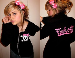 Lipstick Prophets (Lyndsey Tarrants) Tags: pink writing project skulls hoodie jeans bow blonde messyhair ponytail fuckoff 365days lipstickprophets lyndseytarrants alibarone