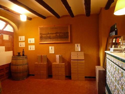 DEVINSSI wine shop, 2009-2010, Flickr