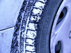 Winter tyres grip