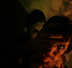 (u-JU) Tags: horror violence kill killer manipulation photoshop fear paura orrore terrore boh