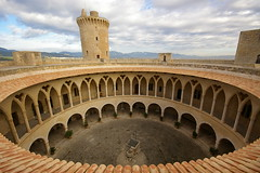 Formes i funcions / Shapes and functions (SBA73) Tags: panorama tower castle circle spain day torre cloudy gothic sigma arches patio round vista arcades chateau 1020mm schloss turm mallorca palma castillo circular pati pasoscatalans arcadas castell palmademallorca bellver illesbalears gtic gtico rod sesilles mywinners superaplus aplusphoto 100commentgroup leuropepittoresque