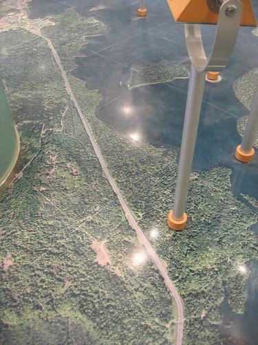 阿寒湖畔環境中心的地板是空照圖
