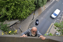 Day 336/365 Hanging on (tootdood) Tags: 30 geotagged manchester im canon20d go group days only there hanging but thirty 365days threesixtyfive geo:lat=53479618 geo:lon=222736