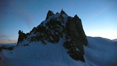 Sunrise at the Aiguille (chaletlaforet) Tags: mountaineering chamonix aiguilledumidi cosmiquesarête