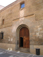 "Albergue in Pamplona • <a style=""font-size:0.8em;"" href=""http://www.flickr.com/photos/48277923@N00/2620473123/"" target=""_blank"">View on Flickr</a>"