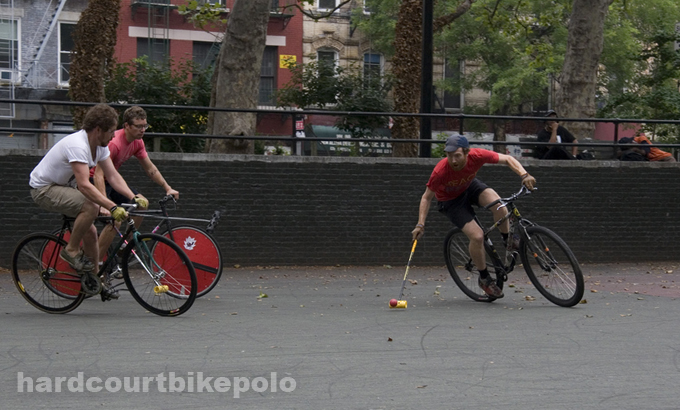 7-6-2008 bike polo in new york city kev johnny al