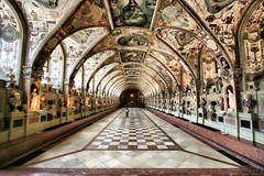 The Antiquarium Wormhole (! .  Angela Lobefaro . !) Tags: world trip travel vacation portrait dog chien flower macro me girl statue architecture germany munich mnchen landscape bayern deutschland bavaria bravo europe peace searchthebest action statues peaceful wideangle hund cielo wormhole nuages 2008 ich idyllic germania allrightsreserved residenz antiquarium monacodibaviera sigma1020 15352 natuzzi angiereal maxgreco angelalobefaro angelamlobefaro massimilianogreco derantiquarium allrightsreservedclouds