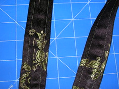 Making a messenger bag with a tablerunner (12)