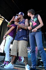 Cobra Starship - Gabe Saporta, Travis McCoy and William Beckett (TheUniversalCynic) Tags: orlando florida warpedtour 2008 gabesaporta snakesonaplane cobrastarship williambeckett travismccoy victoriaasher toddfixler