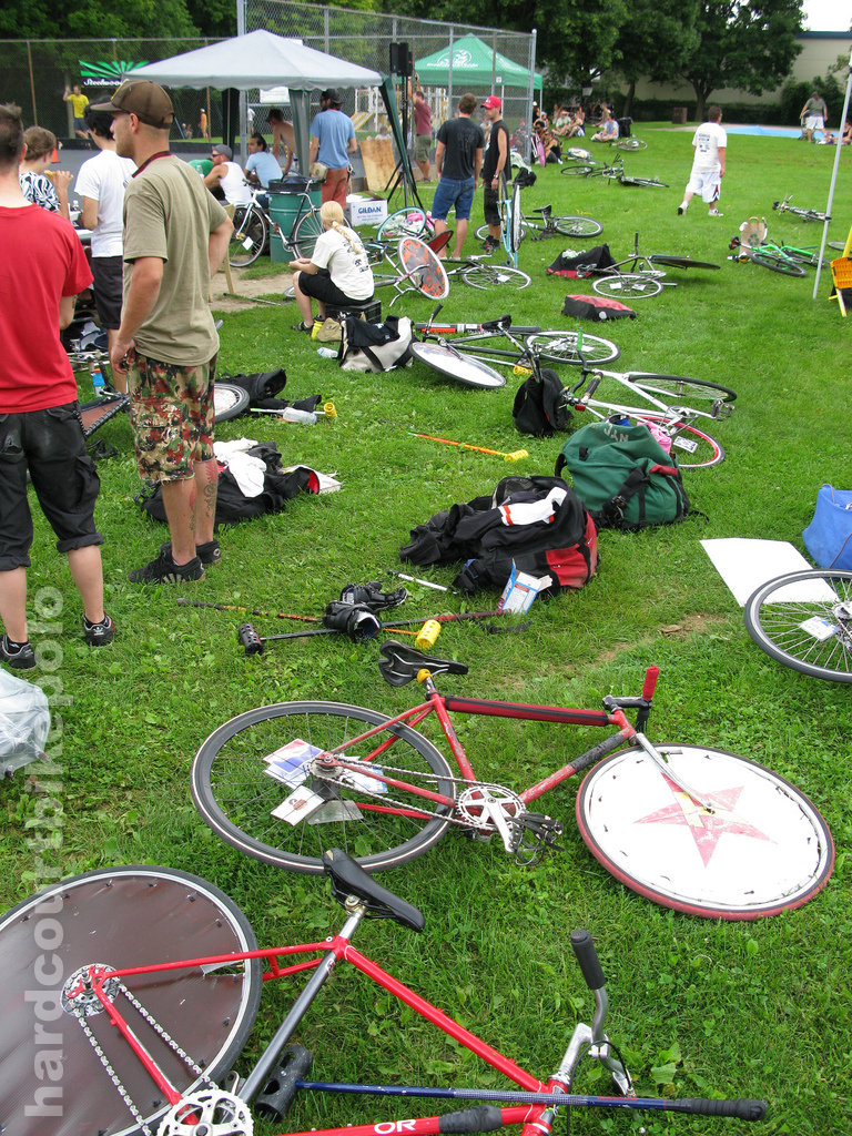 NSPI bike polo 2008 players area