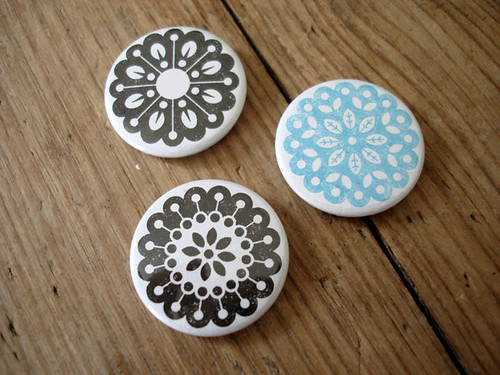 Mini Mandalas 25mm badge set by Studio MIKMIK.