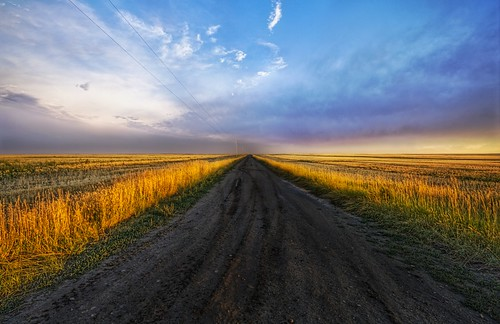 creative commons hi-res photo of the day:  On the Road to Somewhere (4288 x 2776)