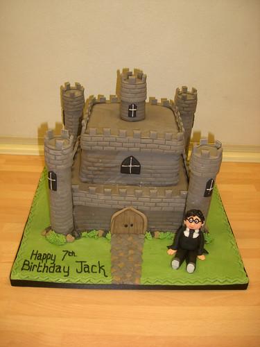 harry potter castle cake. Castle and Harry Potter Cake