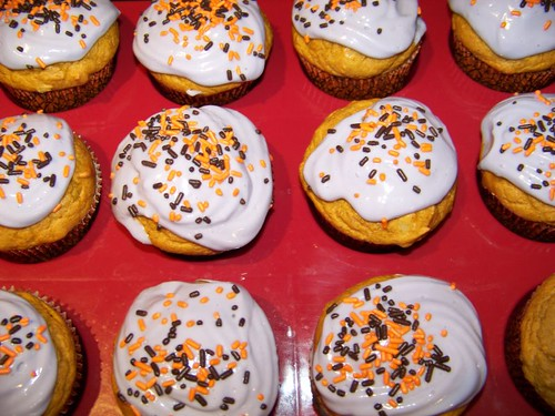 Pumpkin Walnut Cupcakes with Caramel Filling and Cream Cheese Frosting
