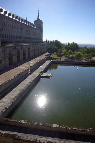 Monasterio de San Lorenzo y reflejo