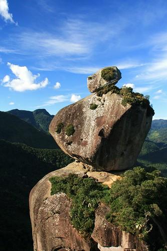 viajando sem frescura rio de janeiro rj sana macae região serrana cachoeiras camping pico peito do pombo